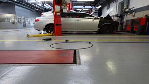 Sơn nền epoxy xưởng sửa chữa ô tô