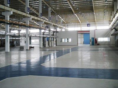 sơn nền epoxy nhà máy nhựa